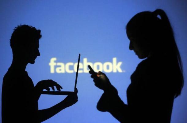 Facebook en aprietos por imagen de una niña de 14 años