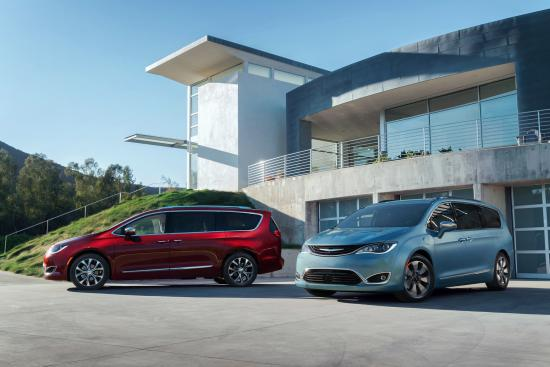 Chrysler presenta su nueva minivan Chrysler Pacifica 2017