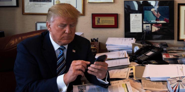 El tuitero Donald Trump, ha recibido un teléfono súper seguro