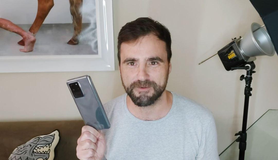 Samsung Galaxy S20 -agustin